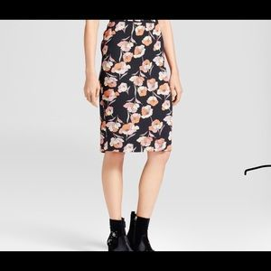 Classic ladies pencil floral skirt /shirt included